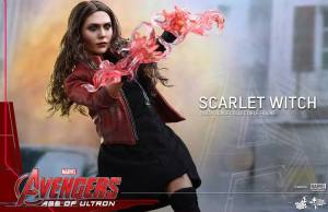 Hot Toys AVENGERS: AGE OF ULTRON Scarlet Witch Action Figure