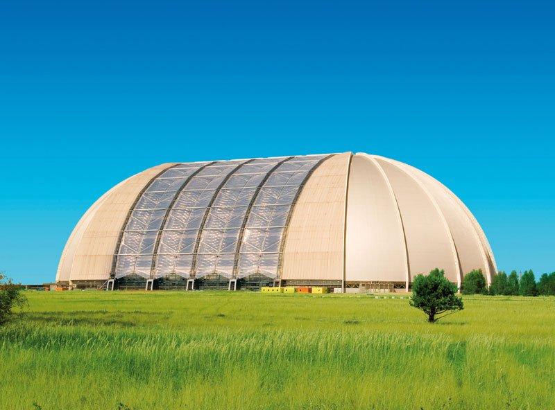 tropical-islands-resort-the-giant-waterpark-inside-an-old-german-airship-hangar-19