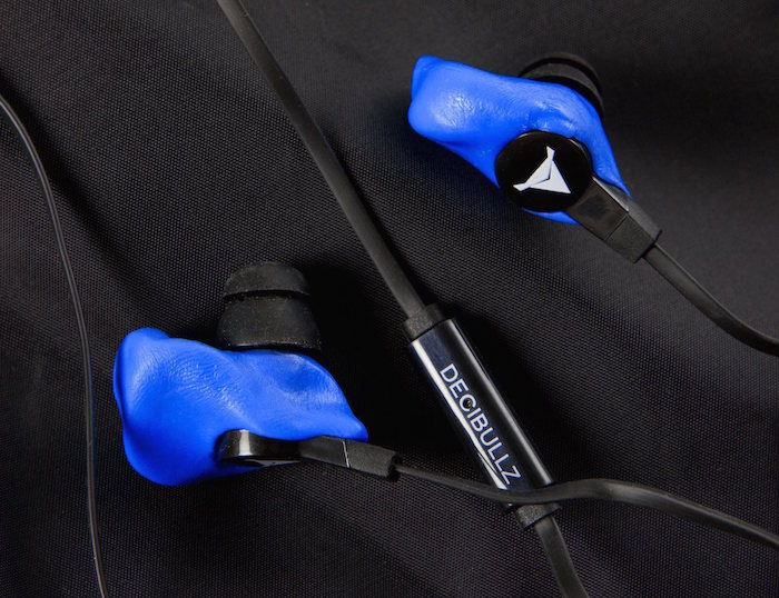 Decibullz-Molded-Blue-Earphones-01