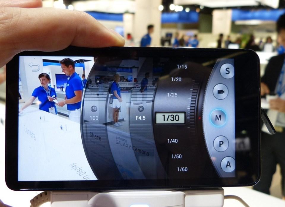 Samsung-Galaxy-Camera-410