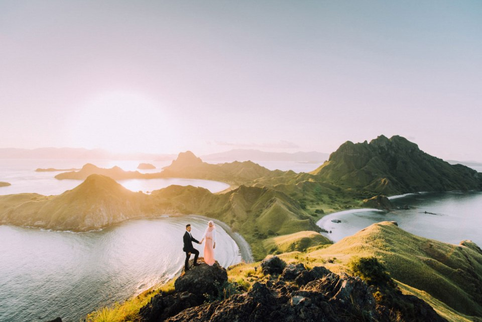 23 Wedding Portraits On The Most Gorgeous Landscapes Around the World
