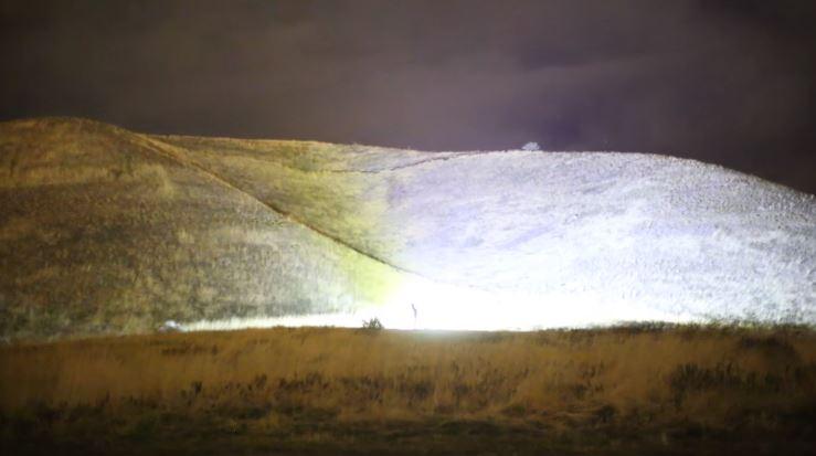 Blinding 1,000W LED Flashlight With 90,000 Lumens