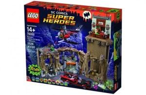1966 Batman and Batcave Lego Set