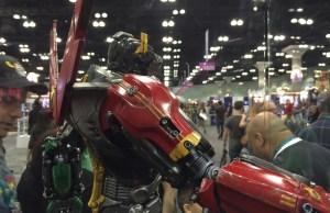 Sideshow's VOLTRON Figure at WonderCon