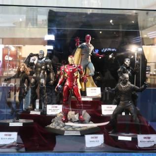 Captain America: Civil War Hot Toys