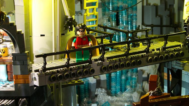LEGO+Batcave+2