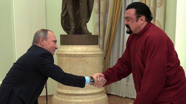 Steven Seagal Got His Russian Passport From Vladimir Putin