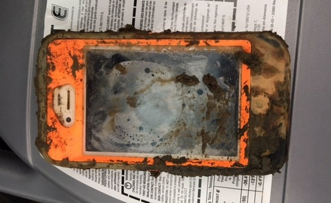 iPhone Still Works After a Year on the Bottom of an Lake