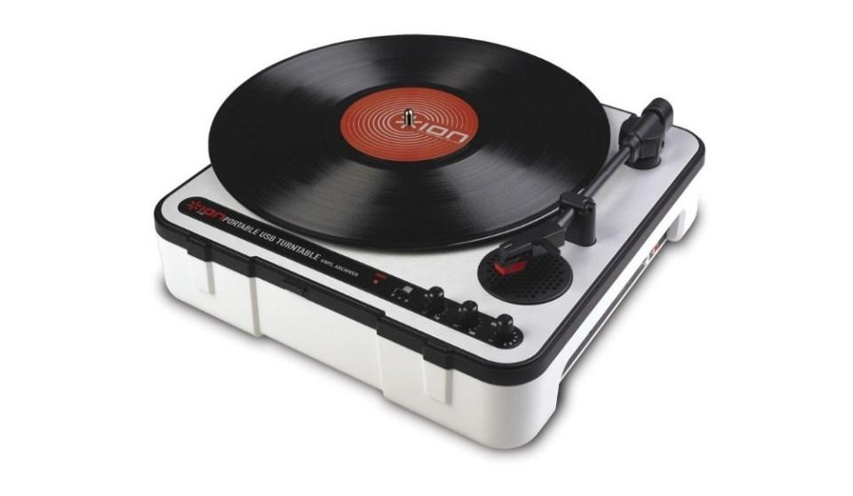 Ion Audio iPTUSB Portable USB Turntable