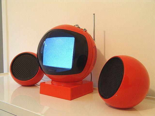orange-retro-round-tv