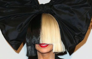 Sia Unveiled Her Face