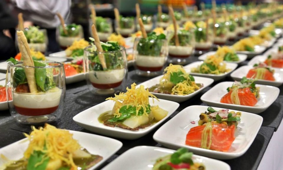 How to choose the best catering company fizx for Best catering services