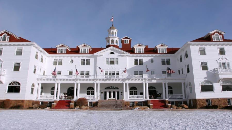 Shining-hotel
