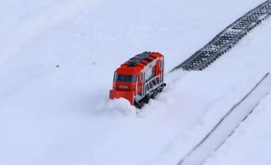 LEGO Trains Snow Plowing