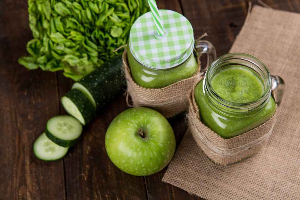 Apple and Cucumber Drink