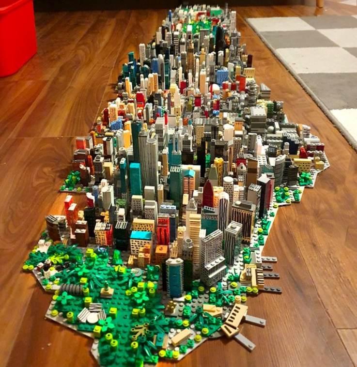 Manhattan Recreated in LEGO