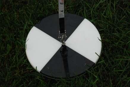 Make a Secchi disc - in situ