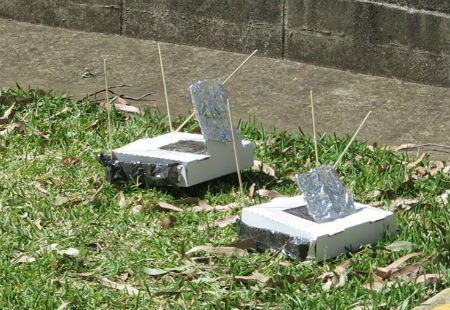 Pizza box solar ovens made by students 450 x 310px