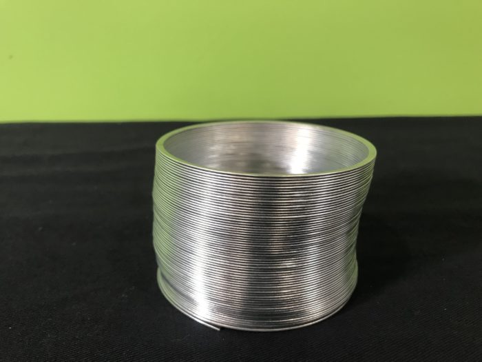 Slinky shake science experiment - metal slinky