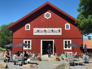 Landsberga farm shop and café