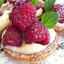 Raspberry Cake Forsby