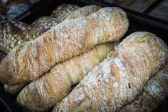 Surdegsbaguetter från Bergets Gårds Pasta & Bröd