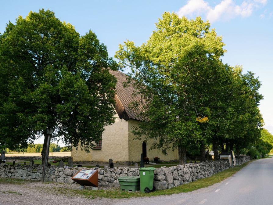 Fittja kyrka