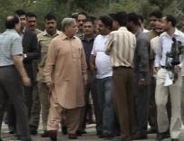 Shahbaz Sharif Visits Bhatta Chowk Lahore Construction (22-5-2011) 5