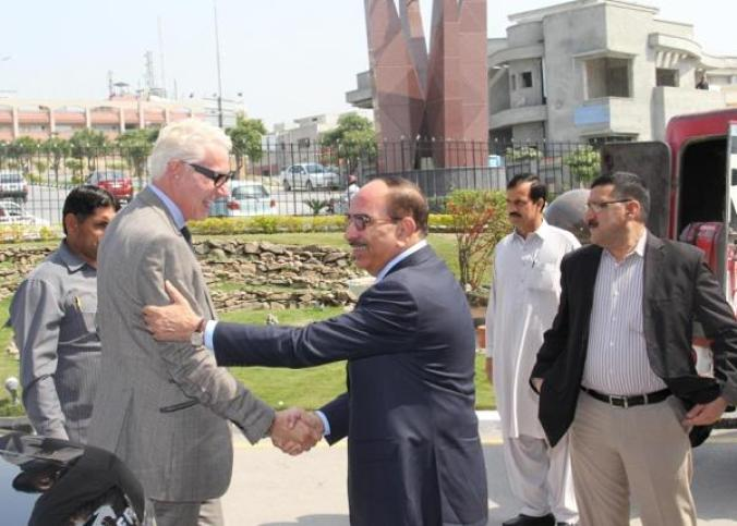 US real estate Tycoon Thomas Kramer signs US 20 billion Dollar Deal with Bahria Town