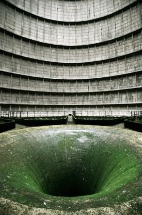 Tour de refroidissement d'une centrale (Belgique?)