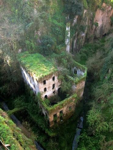 Moulin Abandonné en 1866 à Sorrento (Italie)