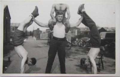 vieux-acrobates-38