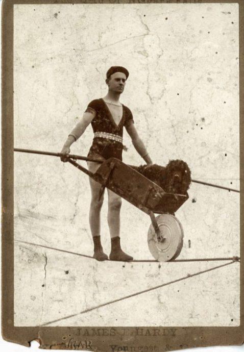 vieux-acrobates-45-582x840