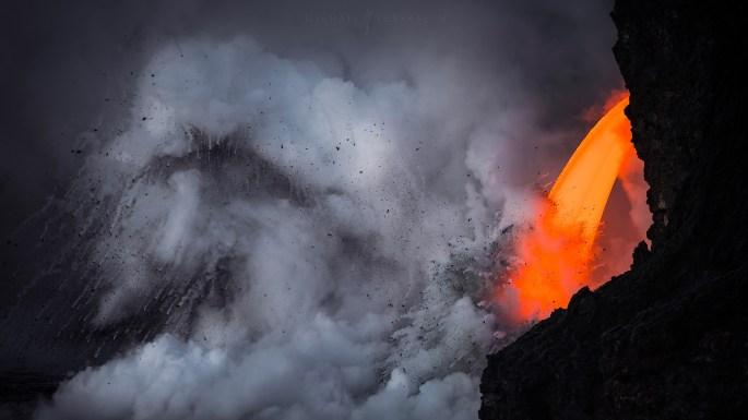 Cascade of Lava par Michael Shainblum