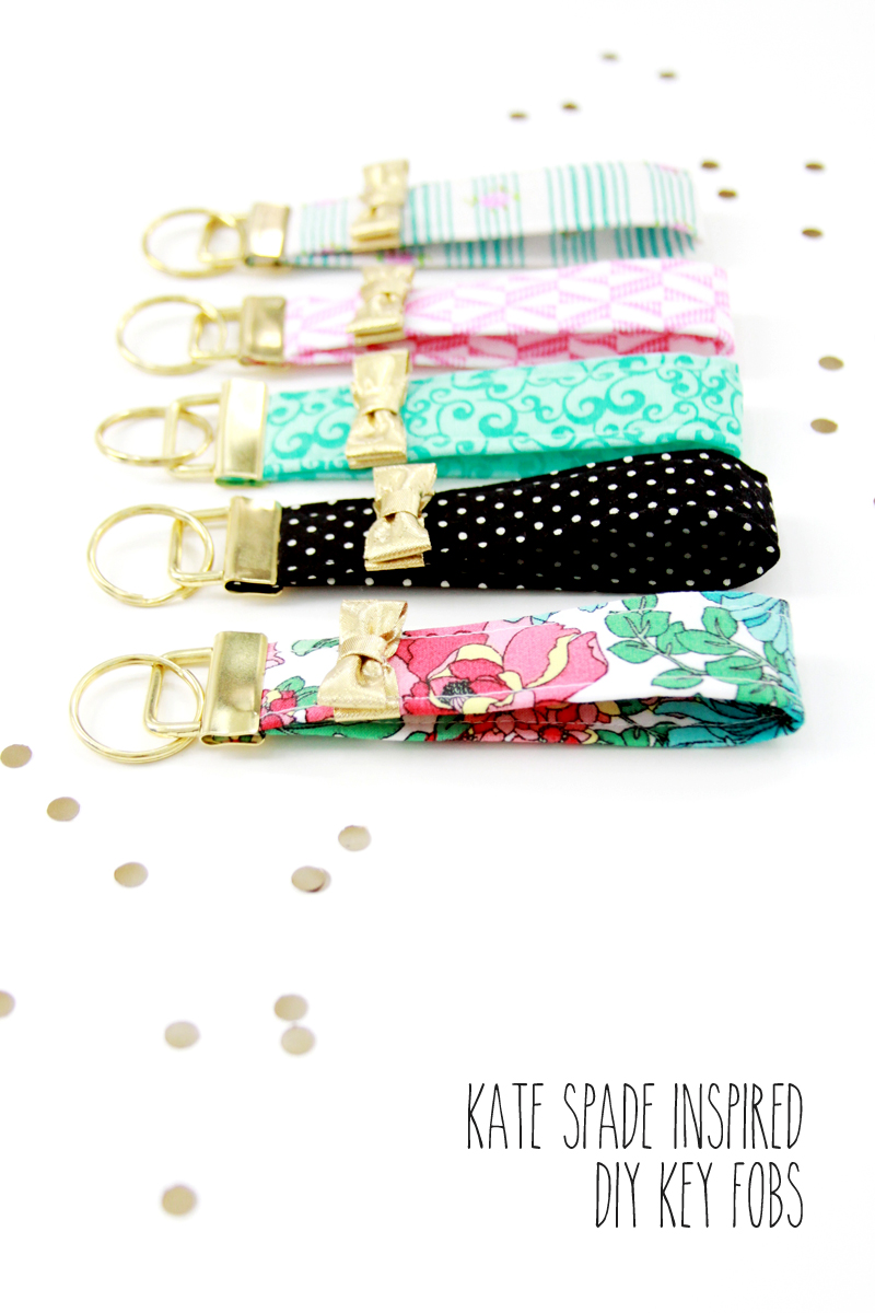 Cute and Colorful Fat Quarter Projects featured by top US sewing blog, Flamingo Toes: Kate Spade Inspired Key Fobs - these are so cute and look so easy to make!