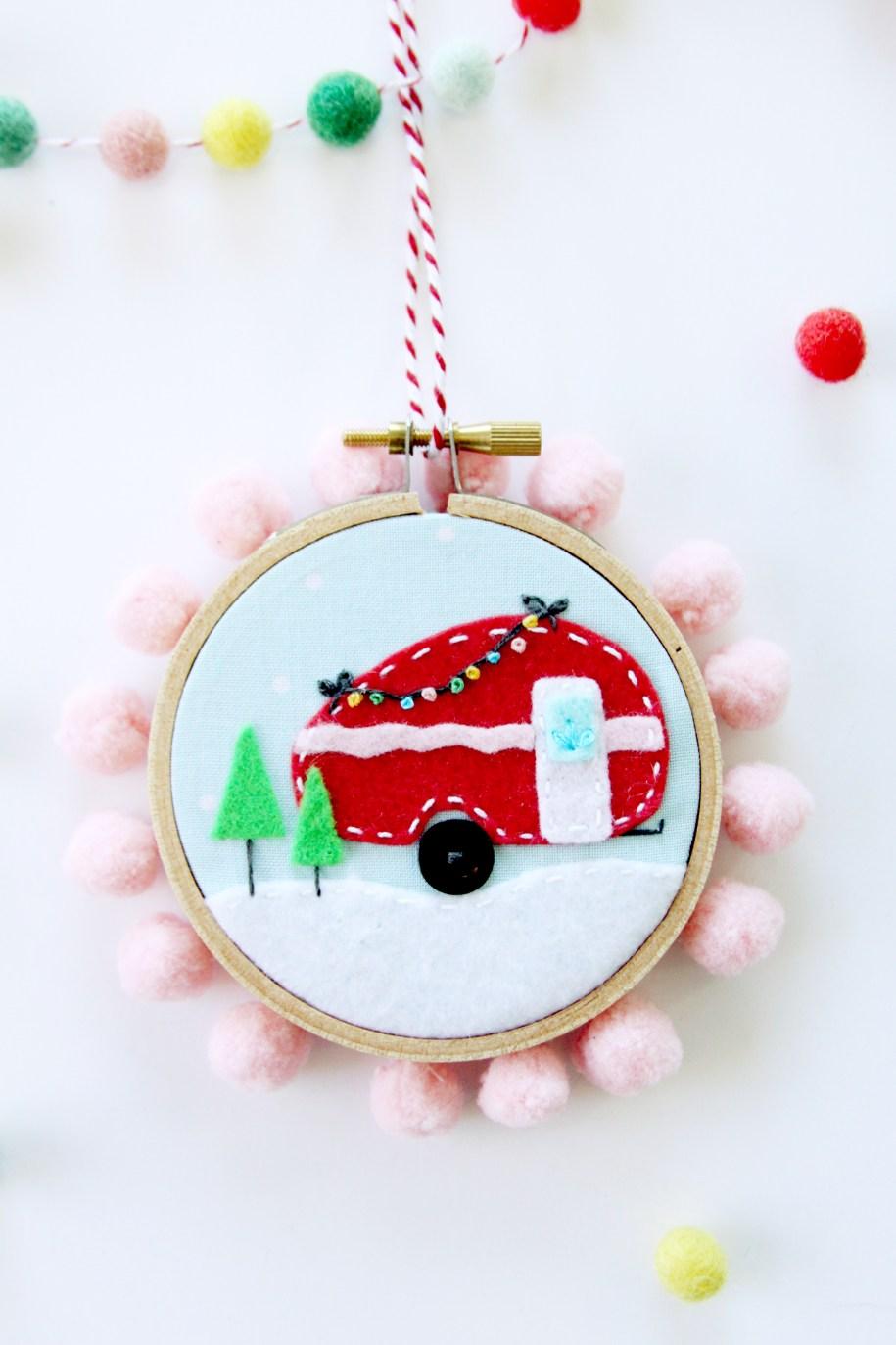 mini-camper-hoop-ornament