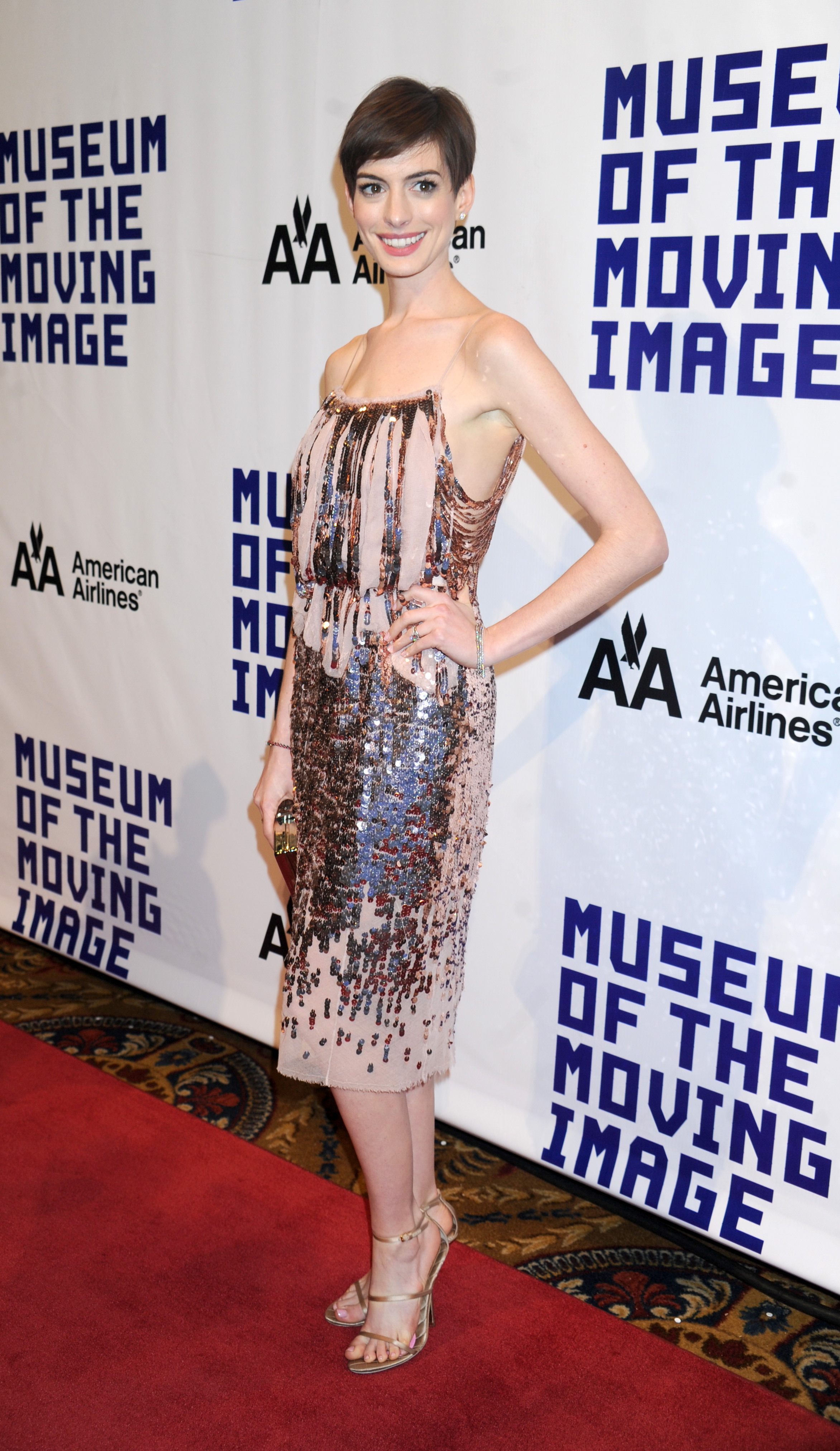 How To Grow Out A Pixie Cut Gracefully La Anne Hathaway