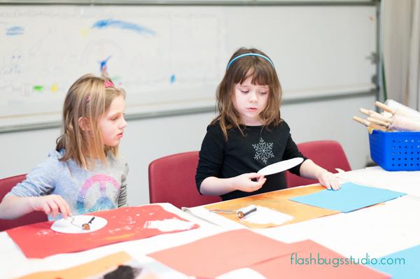 Kindergarten Art: Make easy printmaking portraits using styrofoam plates.