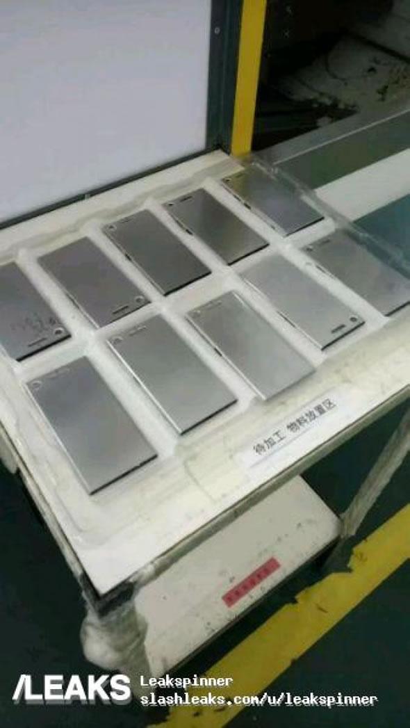 Sony-Xperia-XZ1-Leak-03