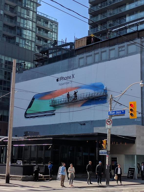 iPhone-X-Billboard-Toroto