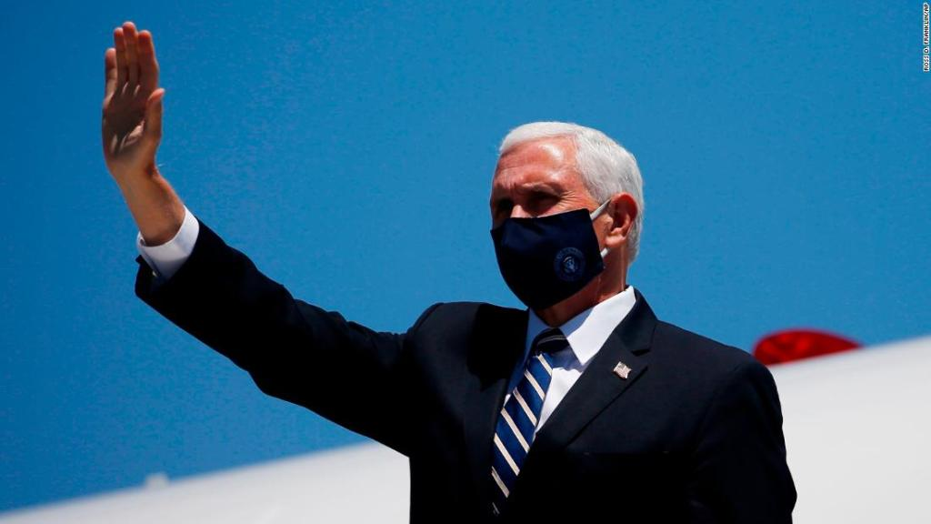 At least 8 Secret Service agents stuck in Phoenix with coronavirus after Pence trip
