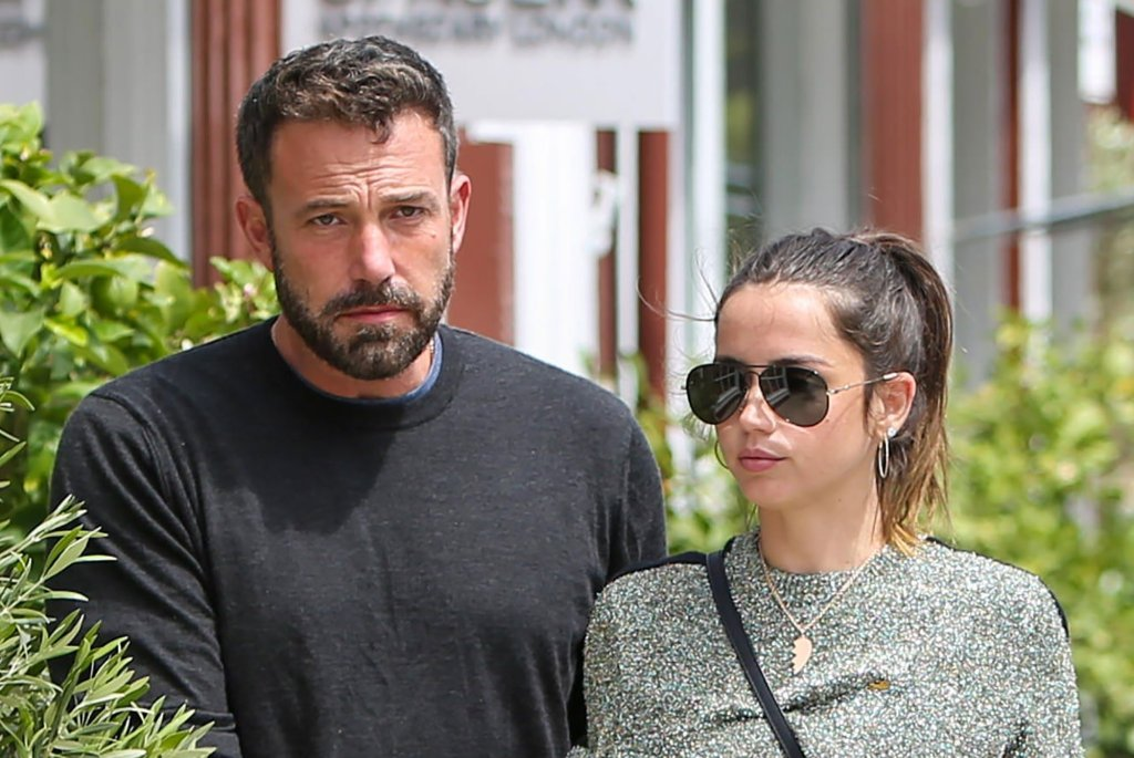Ben Affleck's 'Sweet' GF Ana De Armas Reportedly Really 'Great' With His Kids – Details!