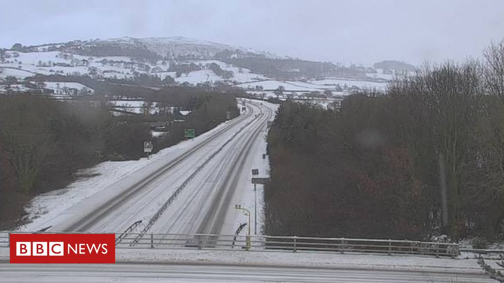 Covid: Four vaccine centres shut amid snow alert for Wales