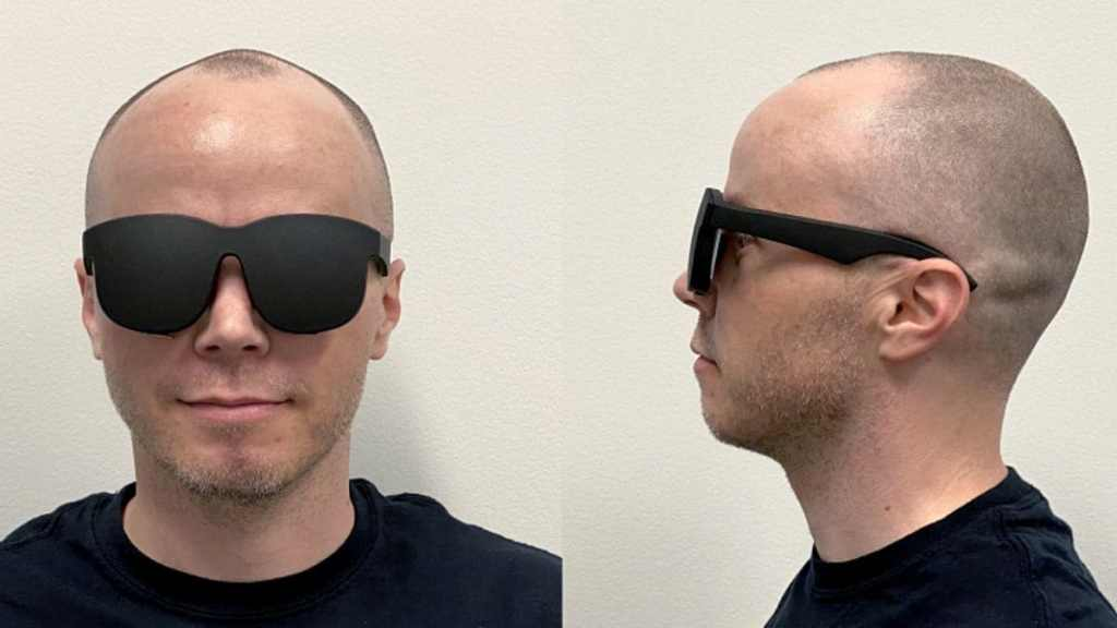 Facebook Working to Make VR Headsets Thinner and Lighter