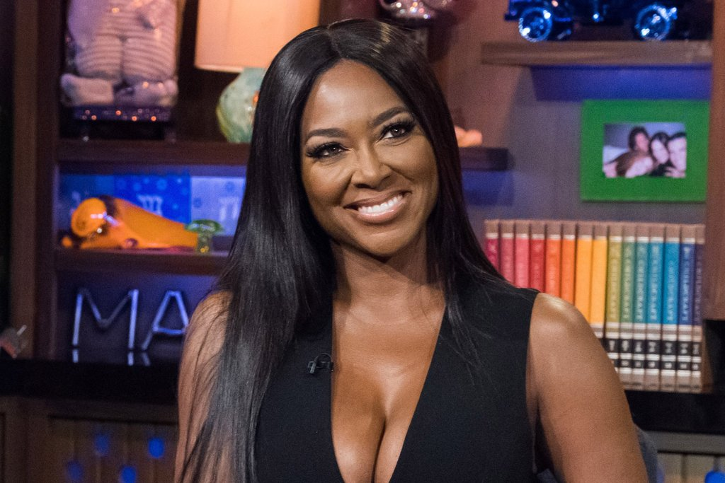 Kenya Moore Shows Off New Blonde Highlights And Fans Are Here For It