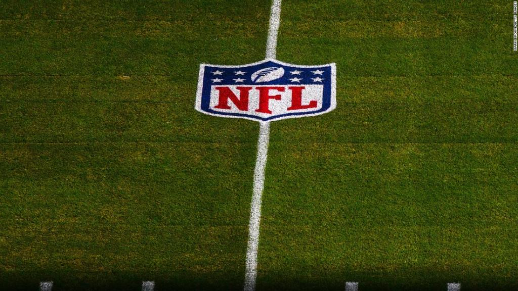 NFL says coronavirus outbreaks among unvaccinated players may lead to forfeits this season
