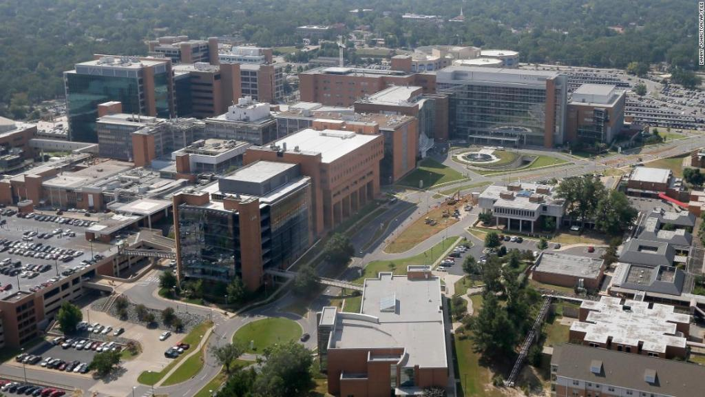This Arkansas hospital is so short on nurses in this newest Covid-19 surge, it's offering a $25,000 signing bonus | CNN