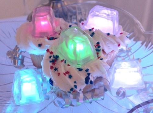 2_led_ice_cubes