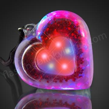 10558_acrylic_heart_necklacev9_600