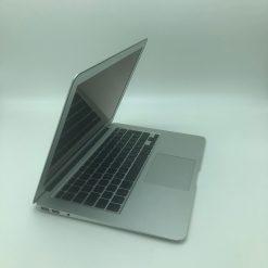 "IMG 1076 scaled Apple MacBook Air 13.3"" intel®Core 2 Duo 1.86GHz Late2010 (Ricondizionato)"